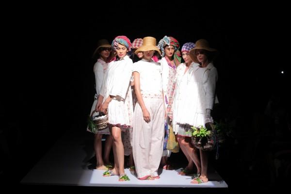 FashionIndia1